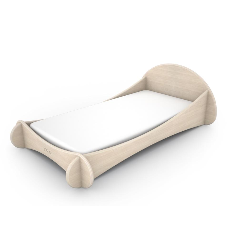lettino basso design in legno stile montessori