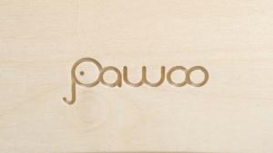 incisione logo pawoo su legno