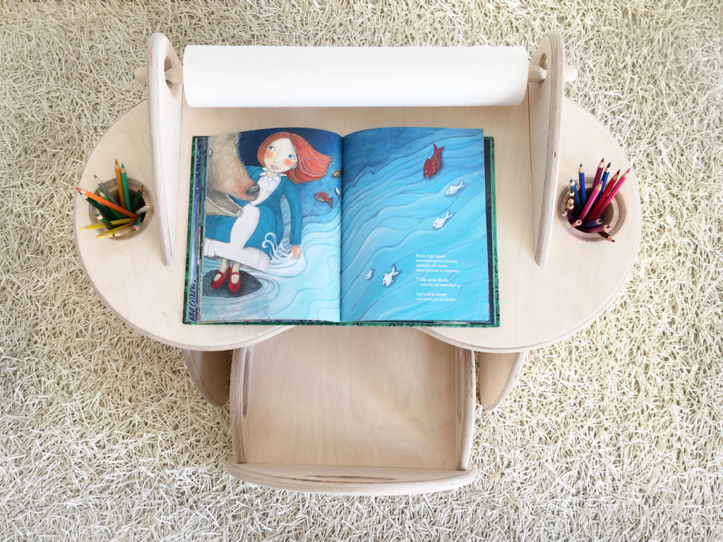 scrivania portapenne portarotolo disegno per bambini